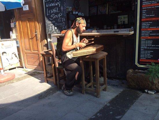 Cafe Safak: Santur it's amazing