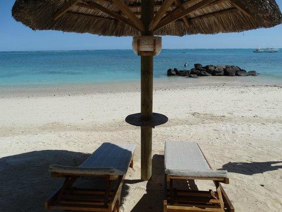 Le Cardinal Exclusive Resort: Détente sur la plage
