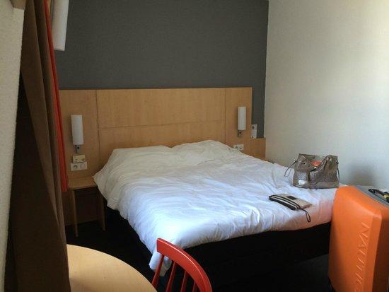 Ibis Paris Gare de Lyon Ledru Rollin 12eme: room1