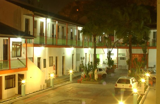 Hostel Roma Curitiba: Interior del hotel