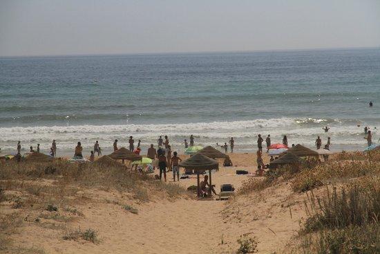 Lagosmar Hotel: пляж Мея-Прая (Praia da Meia Praia)
