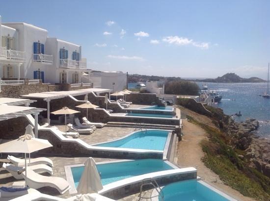 Petasos Beach Hotel & Spa: suiten mit kleinem pool