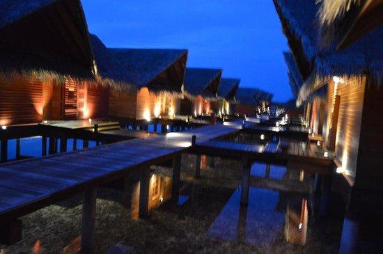 Adaaran Select Hudhuranfushi : Ocean Villas