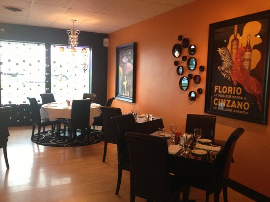 Bijou Bistro : Newly decorated dining room