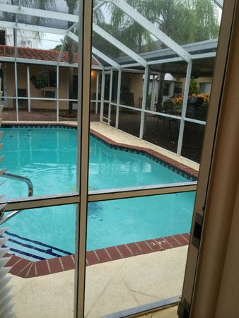 Venice Beach Villas - Menendez St. location - view of pool from bedroom