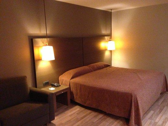 NH Hesperia Andorra la Vella : Habitaciones amplias