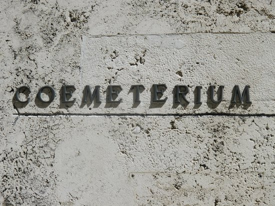 Monumental Cemetery of the Capuchin Brothers : Sign to the Cemetery (Crypt)