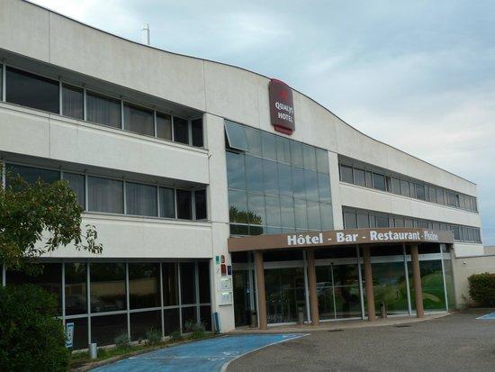 Qualys Hotel Lyon Nord: Fachada