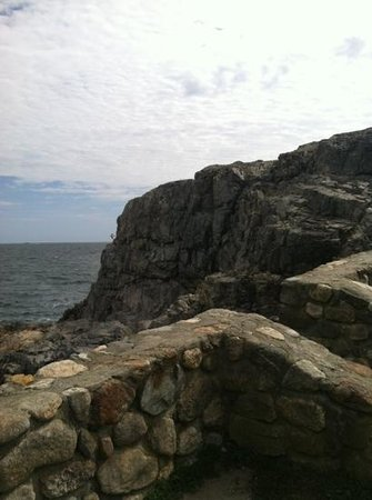 Marblehead, MA: Easy climb, tough getting down