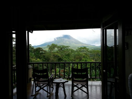 Lost Iguana Resort & Spa: Looking our our french doors