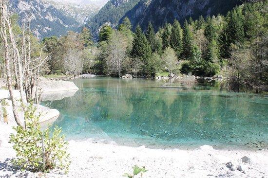 Lago Alpino Picture Of Riserva Naturale Val Di Mello Val Masino
