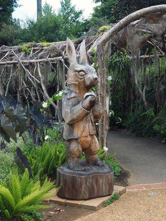 Huntsville Botanical Garden: Rabbit Sculpture