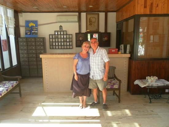 Hotel Jarra : The owners