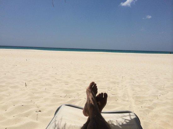 مانشيبو بيتش ريزورت آند سبا: View of the Manchebo Beach.