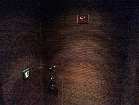 Crowne Plaza Hotel Amman: Room 625 - Non-Smoking Twin Room