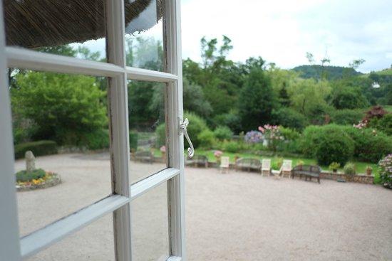 Bickleigh Castle: bedroom view