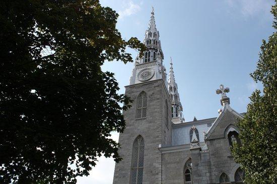 Notre Dame Basilica , Ottawa
