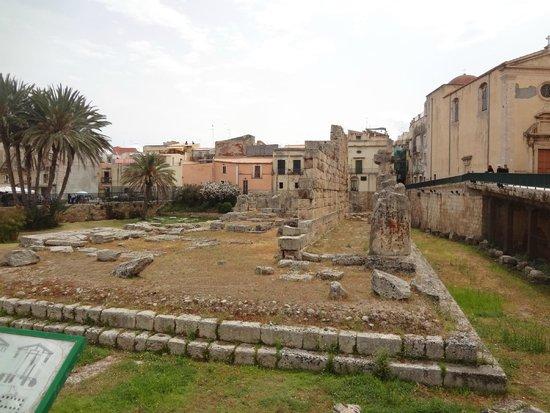 Tempel des Apollo (Tempio di Apollo): pouco resta