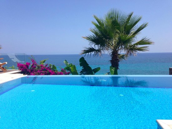 Tragaki, Grecia: Our pool!