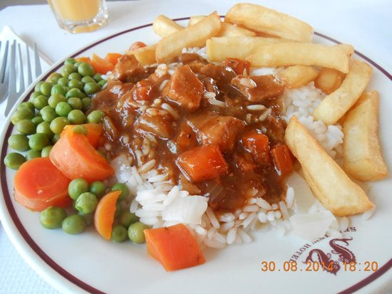 Seaview Hotel: looks more than there is plate only small beef stew