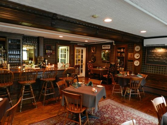 The Dorset Inn Restaurant: Bar