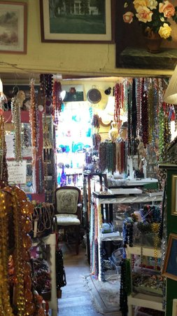 ‪Mary's Antiques and Beads‬