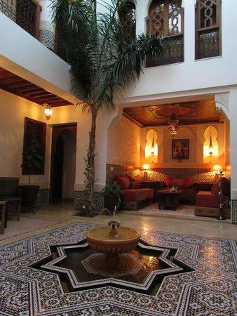 Riad Viva: Vue centre Riad 1