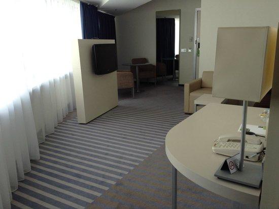 Holiday Inn St. Petersburg Moskovskiye Vorota : Livingroom