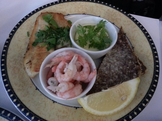 Told&Snaps: Shrimp smorrebrod
