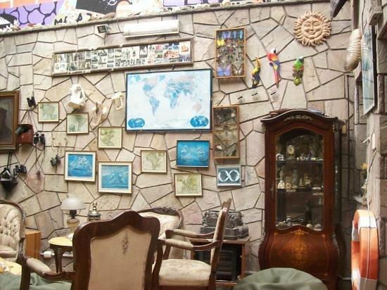 Miraflores House: Living room 2
