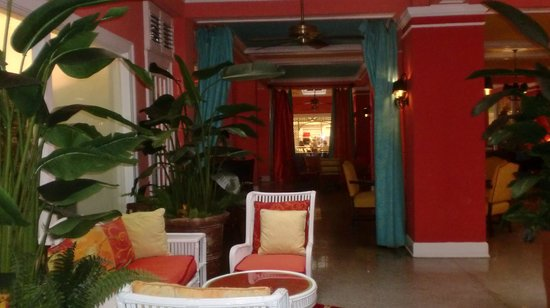 Colony Hotel and Cabana Club: Front porch looking in.