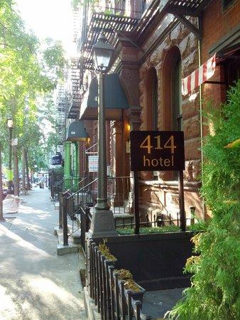 414 Hotel: Viale