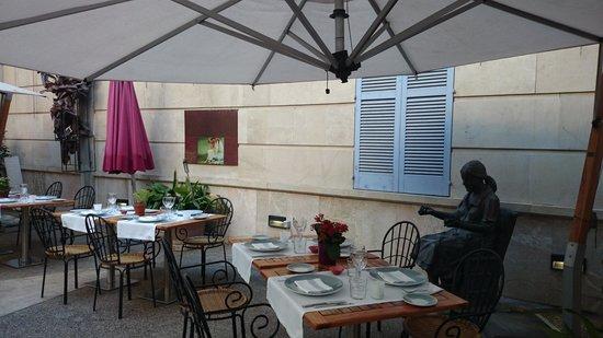 UR Misión de San Miguel: patio