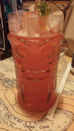 Joe's Crab Shack: Yummy drinks! Love the souviner glasses!