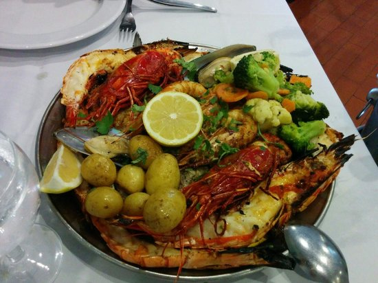 Restaurante Mar do Inferno : Seafood and sea bass mixed plater for 2