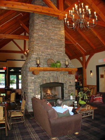 Green Mountain Suites Hotel: lobby