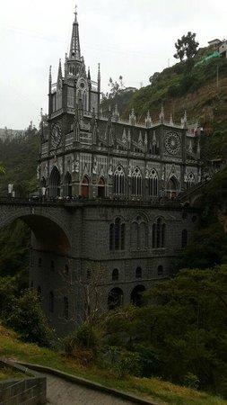 Pasto, Colombia: Santuario de las Lajas