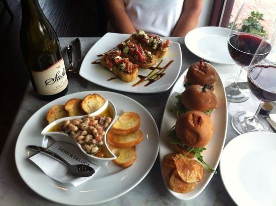 Dean & Deluca : Many terrific appetizers and light entries