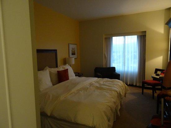 Fantasy Springs Resort Casino : King room