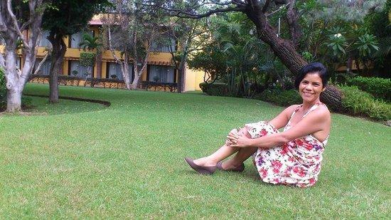 Holiday Inn Guadalajara Expo: los lindos jardines