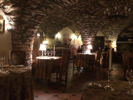 Restaurant picture of l 39 auberge du choucas le monetier for Bains les bains restaurant