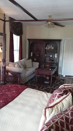 The Kenwood Inn: Room With a View