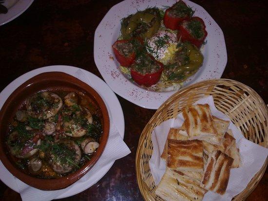 Divan: food2