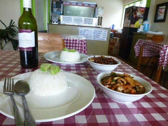 Savusavu, Fiji: Lunch