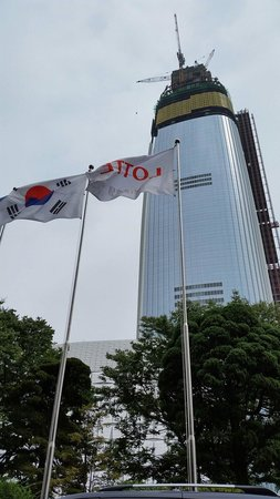 Lotte Hotel World: The new Lotte Hotel with 128 Storey next to Lotte World