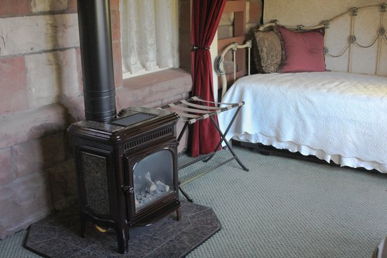 England House B&B : Stone Cutter extra sitting room