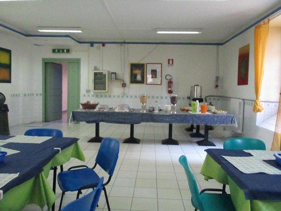 Litus Roma Hostel: Tavolo colazione a buffet