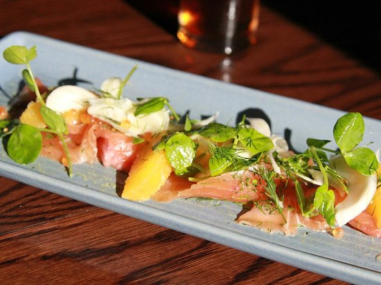 The Restaurant at The Burwood Inn: Delicious fresh seafood