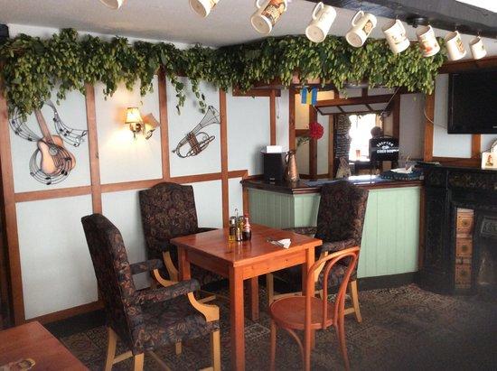The Crispin Inn Bar & Restaurant: Snug