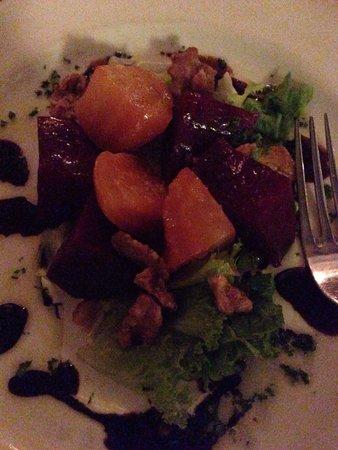 Kome : Roasted beet salad